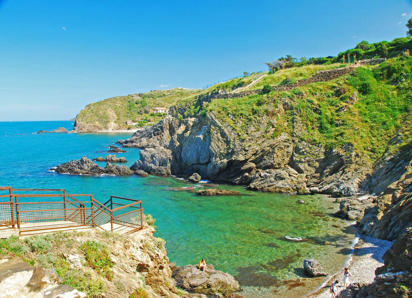 Bienvenue dans votre camping 5 toiles entre argel s sur mer et collioure les criques de porteils - Argeles office du tourisme ...