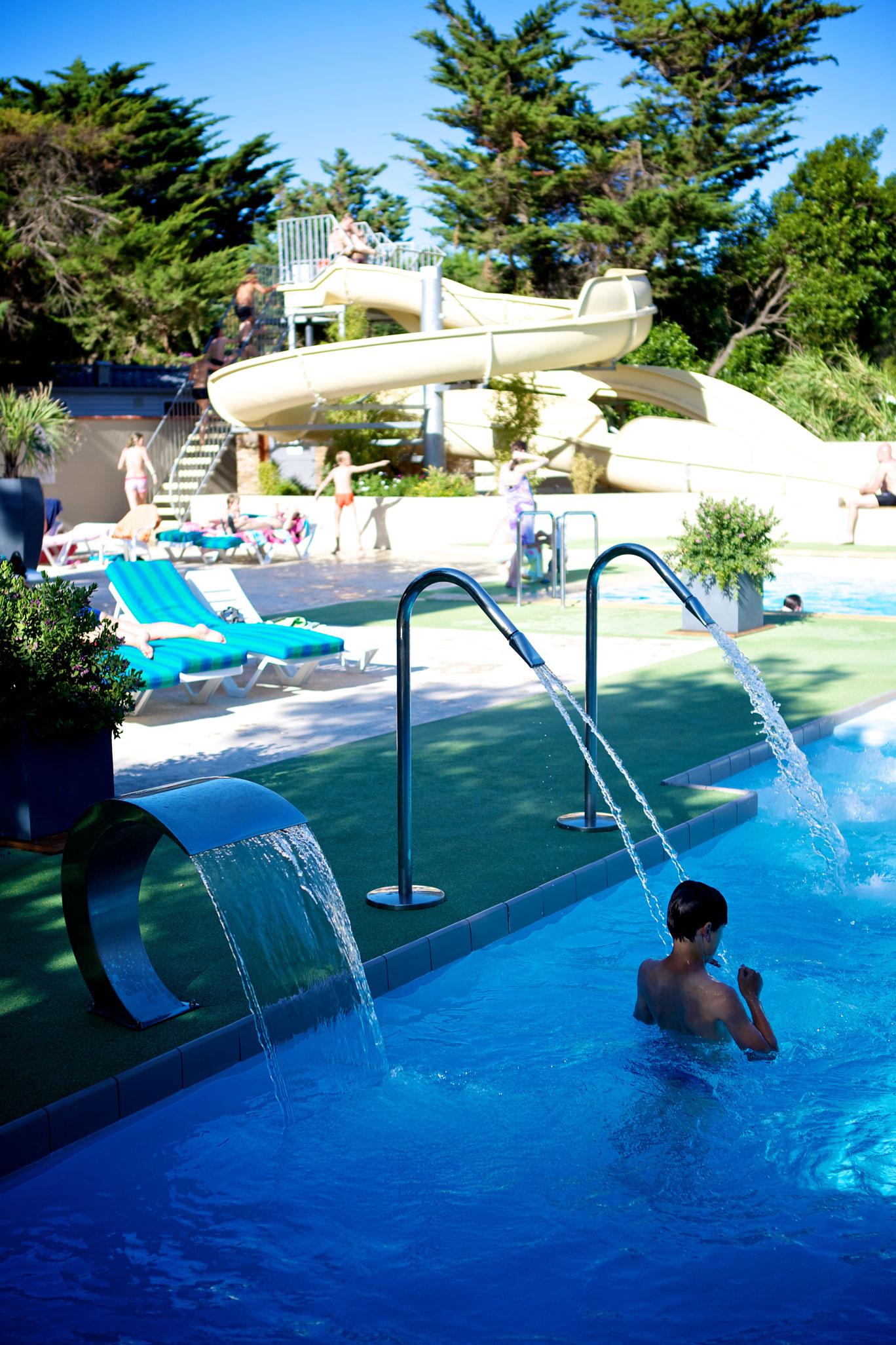 Votre camping avec piscine entre collioure et argeles sur for Camping blonville sur mer avec piscine