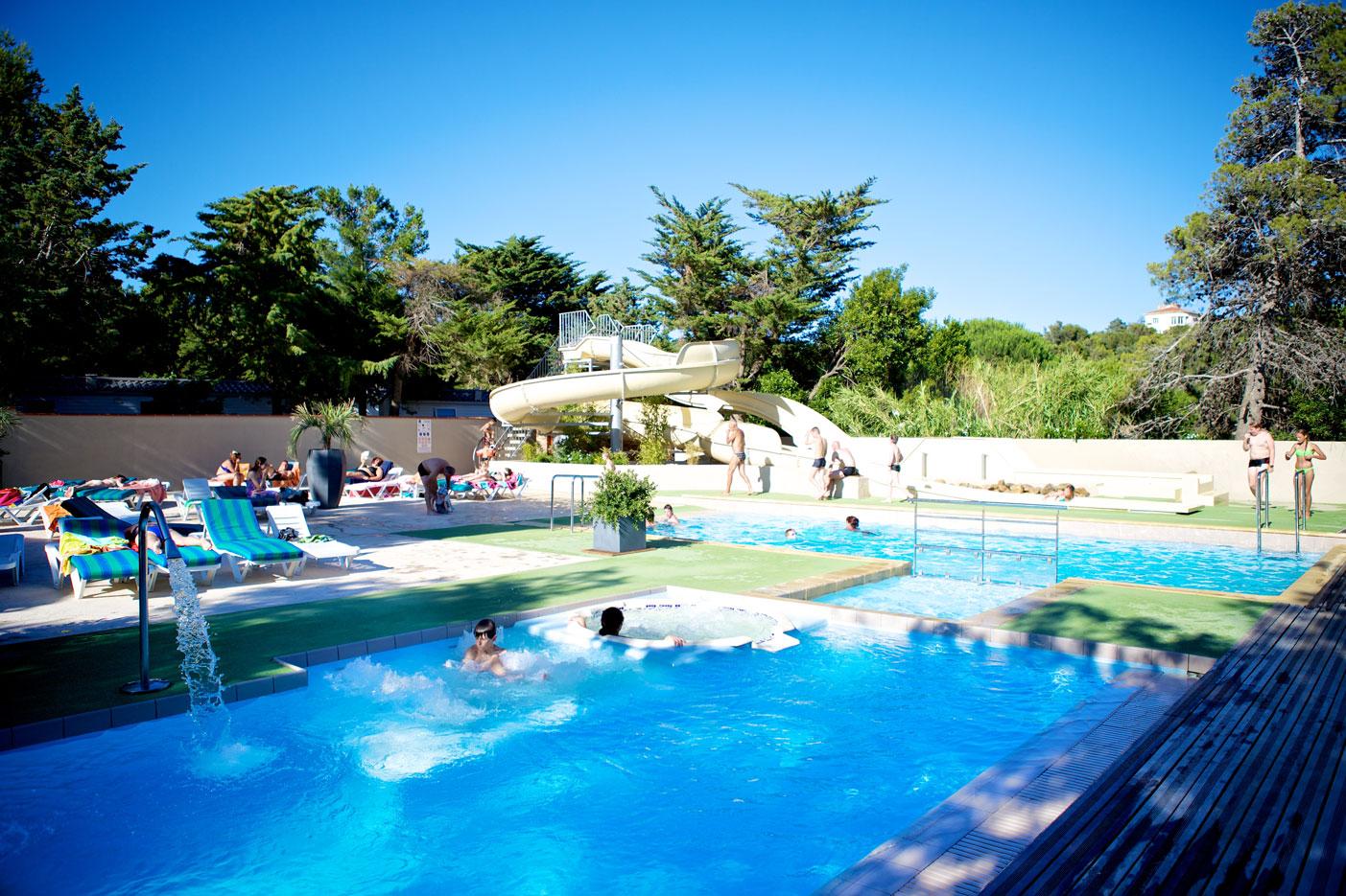 Votre camping avec piscine entre collioure et argeles sur for Camping a argeles sur mer avec piscine