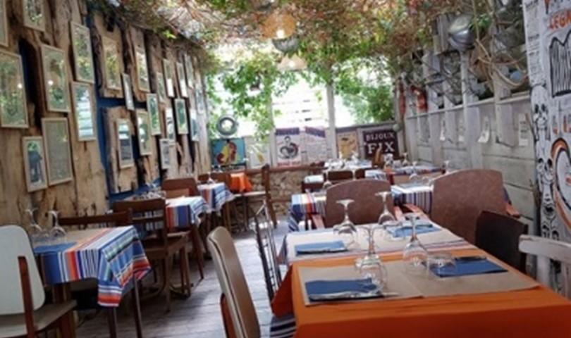 Menje e Caille - Les Criques de Porteils